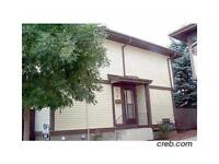 Townhouse,3 Beds,2 Bath,Finished bsmt,New Paint in Beddington NW