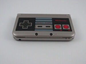 ****NES RETRO LIMITED EDITION NINTENDO 3DS XL IN THE BOX****