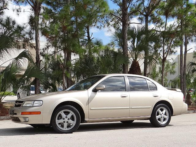 1998 Nissan Maxima For Sale