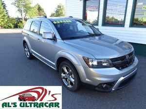 2016 Dodge Journey Crossroad AWD W/ LEATHER & NAV!