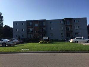 1 BD Apartments All Utilities Included - Goderich ON
