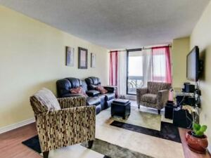 Gorgeous 2 Bedroom Condo@Queen/Bramalea,L6T3X9