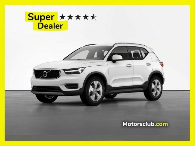 VOLVO XC40 B4 AWD Geartronic Momentum - Nuovo Restyling -