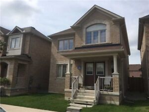 3 BDRM 3 WSRM HOME IN OAKVILLE FOR RENT GREAT PRICE! JUST LISTED