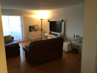 Cote-St-Luc condo:  2 BR 2 Bath with parking .