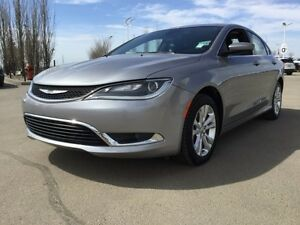 2016 Chrysler 200 LIMITED Accident Free,  Heated Seats,  Bluetoo