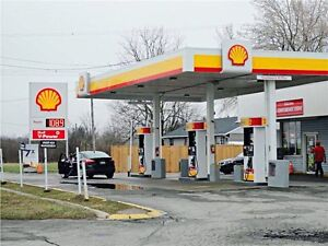Shell Gas Station for Sale in St. Thomas