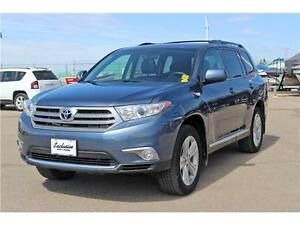 2013 Toyota Highlander 4x4*Backup Camera-Heated Seats*