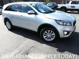 2017 Kia Sorento LX AWD! HEATED SEATS! PARK ASSIST! ALLOYS!