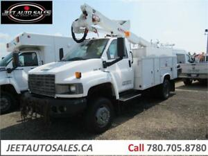 2005 Chevrolet 5500 4x4 Bucket Boom Altec AT 37 G