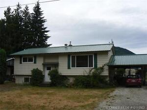 Well maintained & Affordable, Family size home!