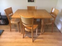 Excellent condition wood Kitchen/Dining Room Table and 4 Chairs