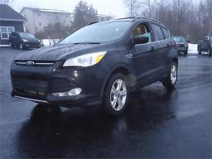 2013 Ford Escape SE, LOADED LEATHER, PANO ROOF, NEW MVI