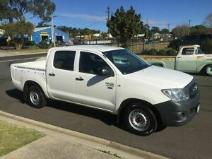 2011 Toyota Hilux TGN16R MY11 Upgrade Workmate White 4 Speed Automatic Dual Cab Toowoomba Toowoomba City Preview
