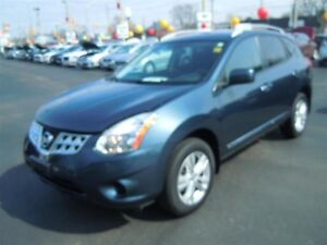2012 NISSAN ROGUE SV - HEATED SEATS, BLUETOOTH, CRUISE, POWER WI