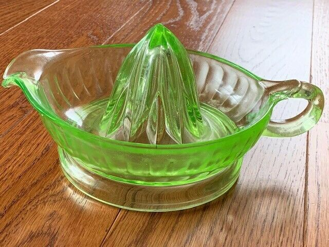 "Vintage Green Glass Juicer 6"" Handle with Pour Spout"