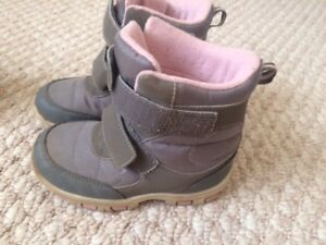 Girls Books Size10 -Grey and Pink