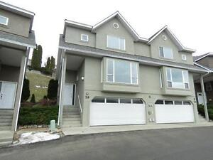 Fantastic Location & Opportunity 4bdrm 4bth Townhouse Come View