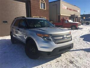 FORD EXPLORER BASE 2012 AUTO/ CRUISE CONTROL/ AWD!!