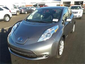 2015 Nissan Leaf S ONLY 11,375 MILES!