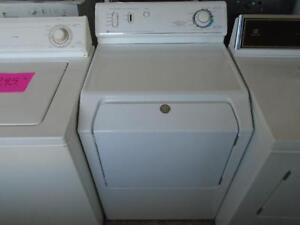 MAYTAG  DRYER / SECHEUSE MAYTAG