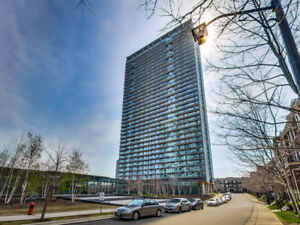 ★Penthouse Condo - Modern Suite with Clear Lake Views★