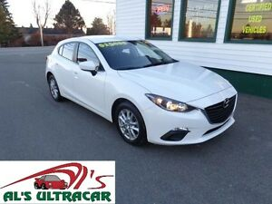 2014 Mazda Mazda3 GS-SKY only $138 bi-weekly all in!