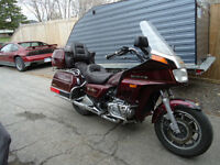 1985 Honda Goldwing GL1200 Interstate,starts&runs great