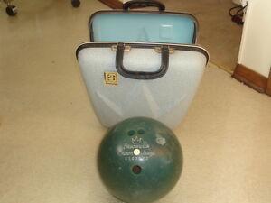 Vintage Brunswick Triple Crown Bowling Ball Bag Hard Case $69.99