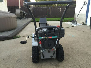 "Craftsman 8HP / 24"" Snow Blower"