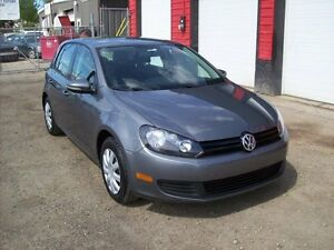 2012 Volkswagen Golf AUTOMATIC,PRICED TO SELL