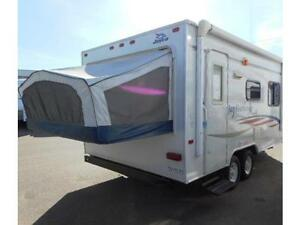 Ultra Lite 19 Foot Jay Feather Hybrid Travel Trailer