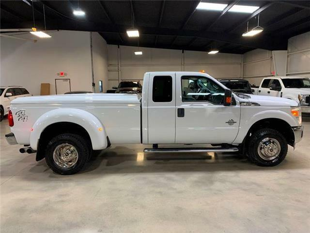 Image 12 Voiture Américaine d'occasion Ford F-350 2011