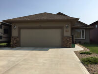 Beautiful Bungalow in quiet Innisfail, AB, neighborhood