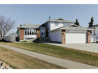 Spectacular location on a beautiful 5-level split in Morinville!