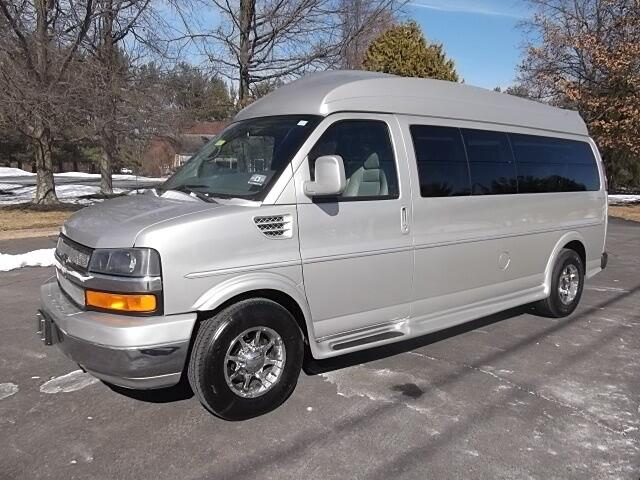 Imagen 1 de Chevrolet Express silver