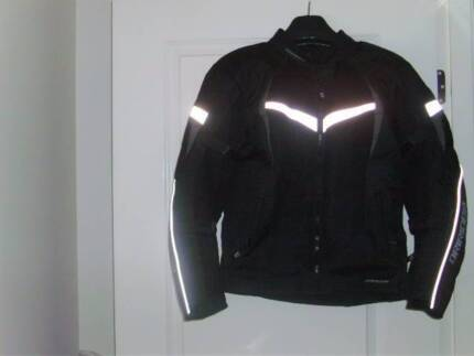DRIRIDER MOTORCYCLE JACKET. LADIES SIZE 14 EXCELLENT CONDITION