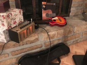 Ukulélé électro Epiphone Les Paul et amplificateur Yamaha THR5A