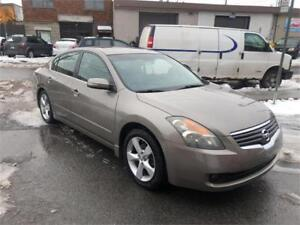 2007 nissan altima 3.5S- AUTOMATIC- FULL-  CUIR-TOIT-MAGS-  2500