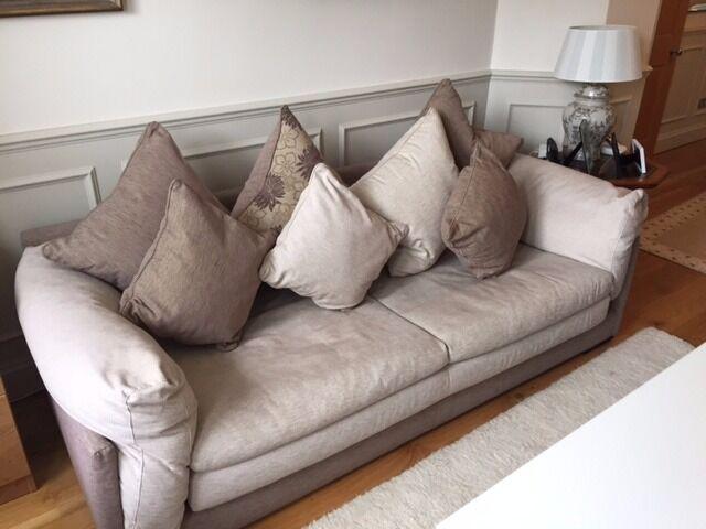 La maison coloniale roche bobois sofas in fulham london