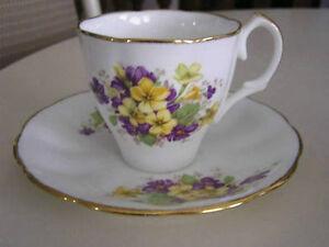 AYNSELY ENGLISH BONE CHINA TEA CUP & SAUCER ETC London Ontario image 2