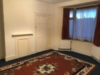 1 bed flat to rent close to Pulmers Green Station