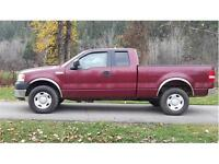 2005 Ford F-150 XL ONLY 111,000 KMS! A/C Cruise, 5.4 gas, Auto.