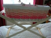 White/Pink Wicker Moses Basket & Stand