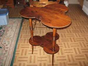 PARLOR TABLE Peterborough Peterborough Area image 1