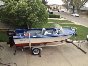Classic Runabout/Fishing Boat w/ 35hp Merc Outboard & Trailer