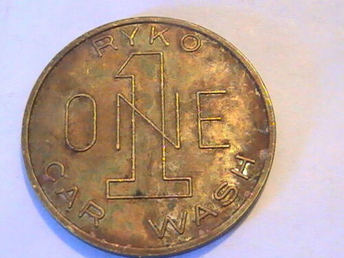 """TOKEN RYKO ONE CAR WASH LARGE """"1"""" AND """"ONE""""  BRASS"""