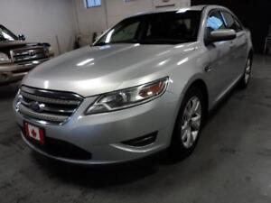 2011 Ford Taurus SEL Leather,AWD, Sunroof, Rear View Camera