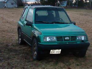1994 Suzuki Sidekick Coupe (2 door)