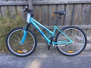 Ladies Mongoose hybrid biycyle - refurbished. Small. Port Melbourne Port Phillip Preview